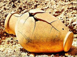 broken-pottery-2